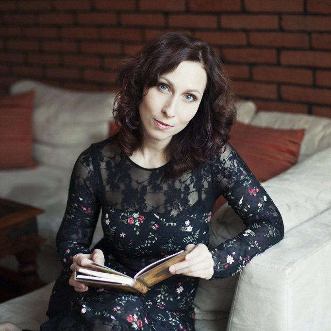 Eva Alner - 3
